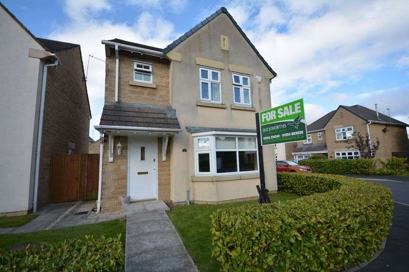 3 Bedrooms Detached House for sale in Three Brooks Way, Oswaldtwistle