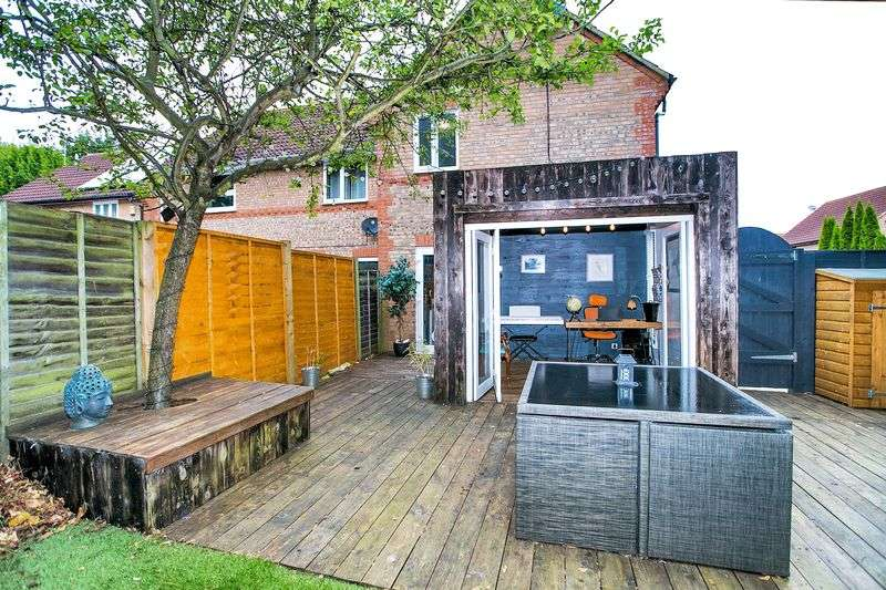 1 Bedroom Terraced House for sale in Bernstein Close, Browns Wood, Milton Keynes