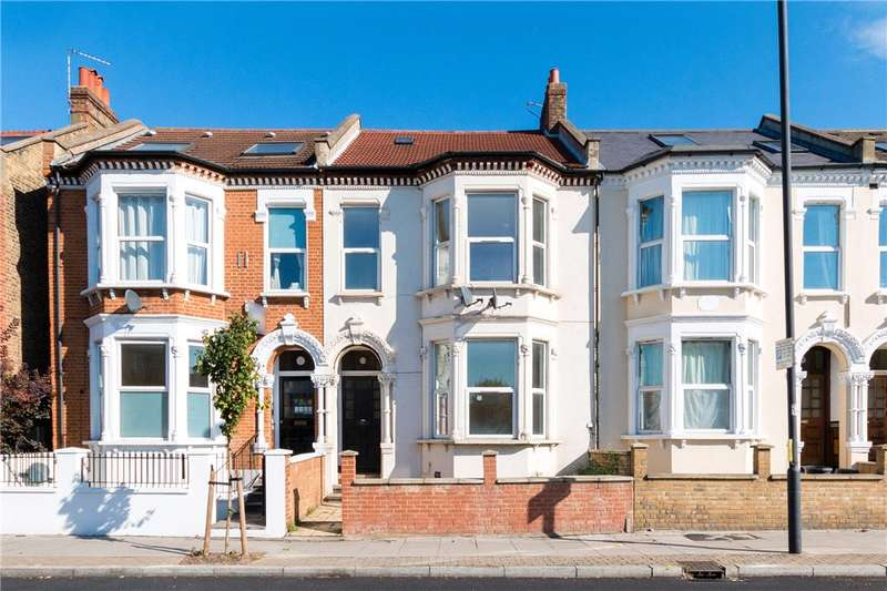 1 Bedroom Flat for sale in Tooting Bec Road, London, SW17