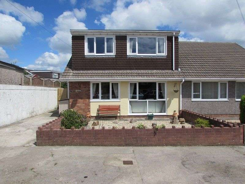 4 Bedrooms Semi Detached Bungalow for sale in Lindsay Close, Pencoed, Bridgend. CF35 6TR