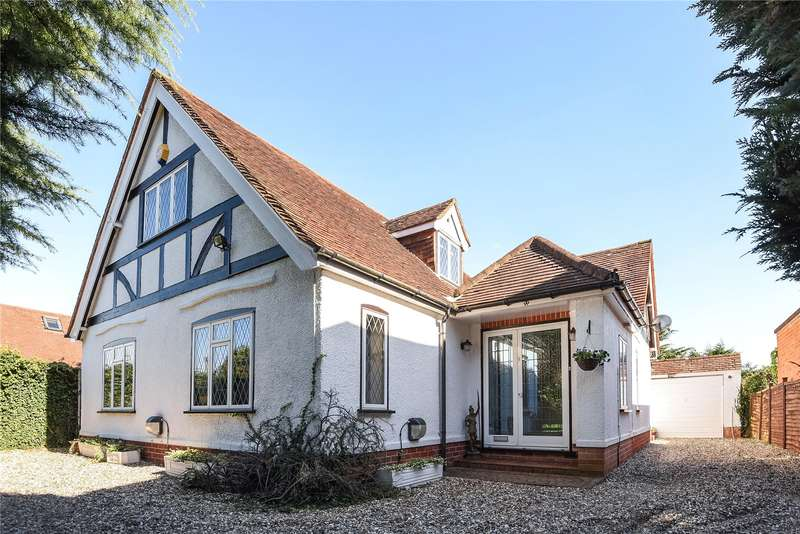 4 Bedrooms Detached House for sale in Pitts Lane, Earley, Reading, Berkshire, RG6