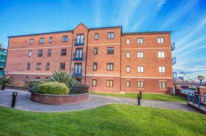2 Bedrooms Flat for sale in Langtons Wharf, Leeds, West Yorkshire
