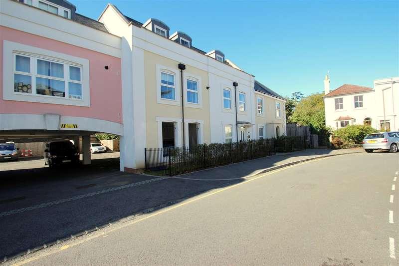 2 Bedrooms Flat for sale in Currington House, 23 Warren Road, Reigate