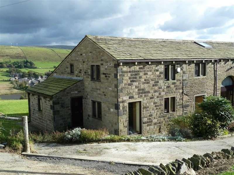 3 Bedrooms Property for sale in Delph Greave Barn, Delph Greave, SADDLEWORTH, OL3