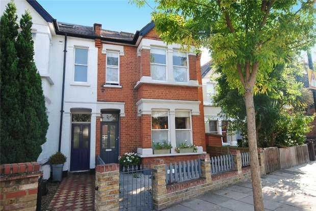 4 Bedrooms Semi Detached House for sale in Whitton Road, Twickenham