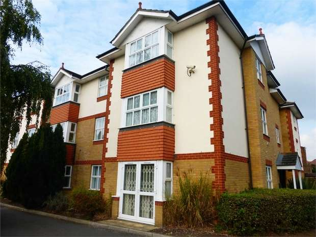 2 Bedrooms Flat for sale in London Road, Isleworth, Middlesex