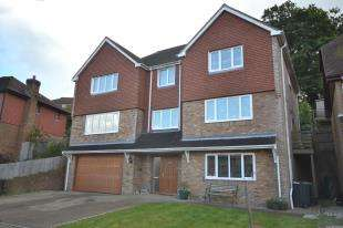 5 Bedrooms Detached House for sale in Eisenhower Drive, St. Leonards-On-Sea, East Sussex