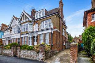 6 Bedrooms Semi Detached House for sale in Cornwall Gardens, Brighton, East Sussex