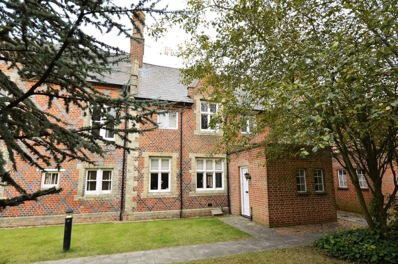 2 Bedrooms Apartment Flat for sale in Grey Lady Place, Billericay