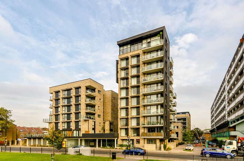 1 Bedroom Flat for sale in Albany Road, Camberwell Green, SE5