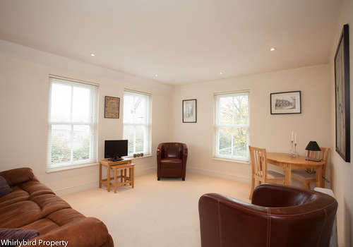 2 Bedrooms Apartment Flat for sale in Poundfield Lane, Cookham, Berkshire, SL6 9RH