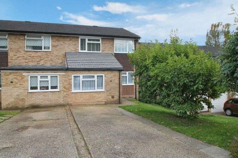 3 Bedrooms Semi Detached House for sale in Widmer End