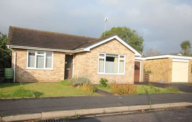 2 Bedrooms Detached Bungalow for sale in Fordingbridge