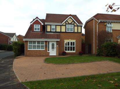 4 Bedrooms Detached House for sale in Windyhill Drive, Deane, Bolton, Greater Manchester, BL3