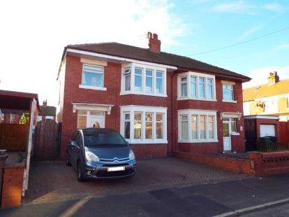 3 Bedrooms Semi Detached House for sale in Oxford Road, Fleetwood, Lancs, ., FY7