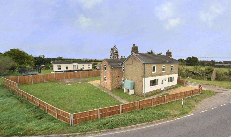 4 Bedrooms Detached House for sale in Wisbech Road, Littleport, Ely