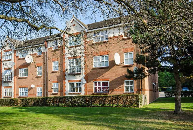 2 Bedrooms Flat for sale in Shaftesbury Gardens, North Acton, NW10