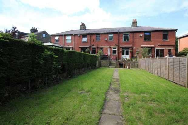 3 Bedrooms Terraced House for sale in Burnley Rd East, Rossendale, Lancashire, BB4 9PG