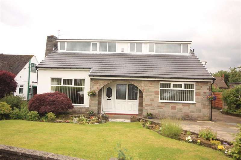 3 Bedrooms Property for sale in St Austell Drive, Greenmount, Bury