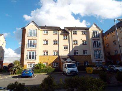 2 Bedrooms Flat for sale in Bowdon Court, Montague Road, Manchester, Greater Manchester