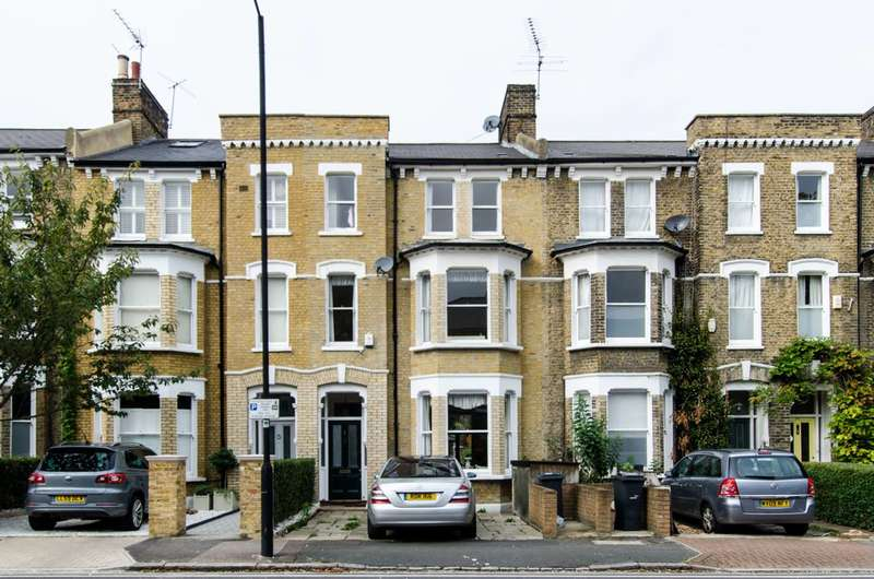 5 Bedrooms Terraced House for sale in Chelsham Road, Clapham, SW4