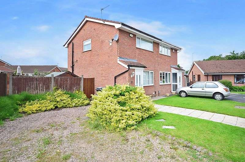 2 Bedrooms Semi Detached House for sale in Chedworth Drive, Widnes