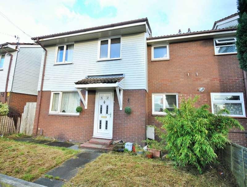 3 Bedrooms Semi Detached House for sale in Alvanley Crescent, Stockport