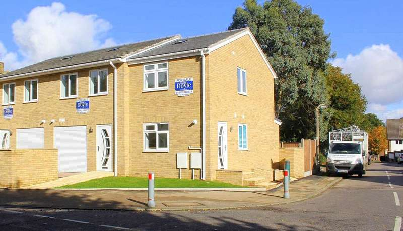 1 Bedroom House for sale in BRAND NEW END TERRACE IN Boxted Road, Warners End, HP1