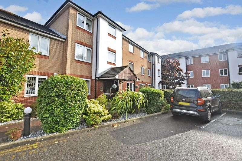 1 Bedroom Retirement Property for sale in Kennett Court, Swanley, BR8 7WP