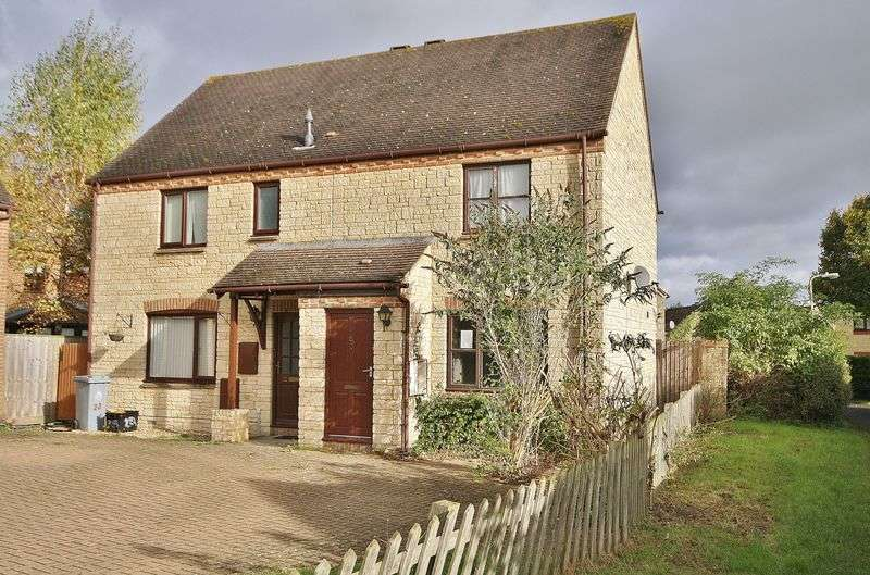 2 Bedrooms Semi Detached House for sale in BROADWAY CLOSE, Deer Park, Witney OX28 5GG