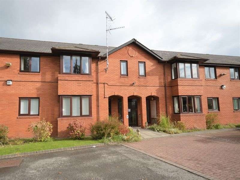 1 Bedroom Retirement Property for sale in Hereford Road, Abergavenny