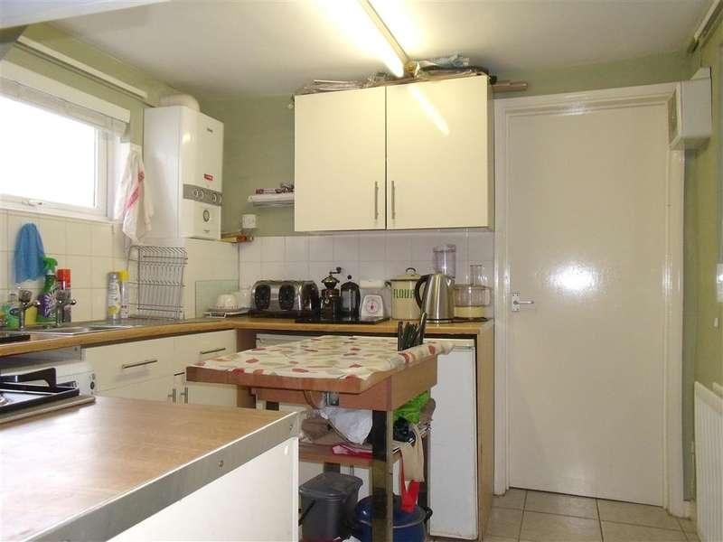 2 Bedrooms Ground Flat for sale in Dengemarsh Road, Lydd, Kent