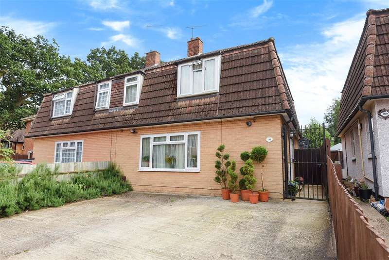 4 Bedrooms Semi Detached House for sale in Norreys Avenue, Wokingham
