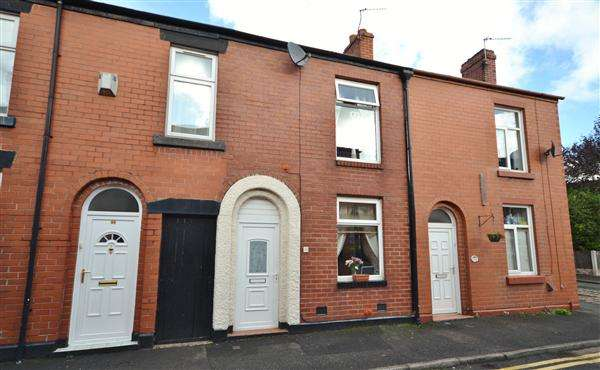 2 Bedrooms Terraced House for sale in Anderton Street, Chorley, Chorley