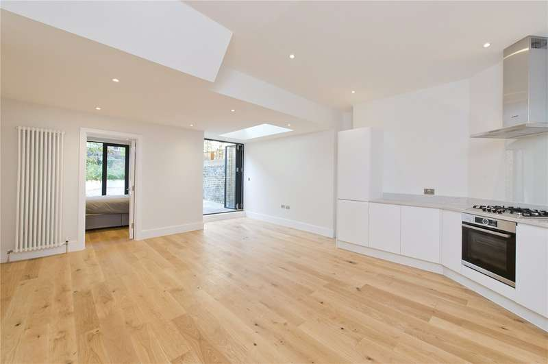 2 Bedrooms Ground Flat for sale in Grittleton Road, W9