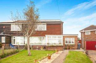 2 Bedrooms Semi Detached House for sale in Citadel Crescent, Dover, Kent, .