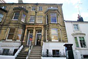 2 Bedrooms Flat for sale in Eaton Road, Hove, East Sussex