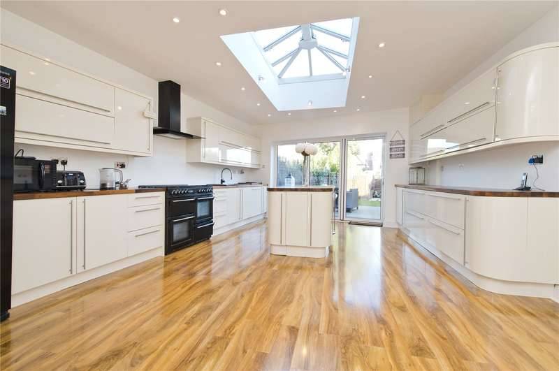 4 Bedrooms Terraced House for sale in Kingsway, London, SW14