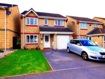 4 Bedrooms Detached House for sale in Forbes Close, Abbeymead, Gloucester, Gloucestershire