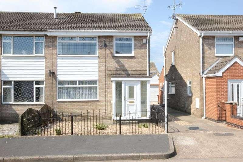 3 Bedrooms Semi Detached House for sale in Flemingdale, Sutton Park