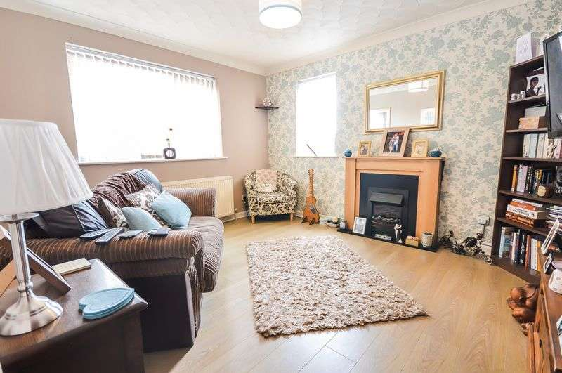 2 Bedrooms Flat for sale in Hutchinson Court, Gerard Road, Rotherham