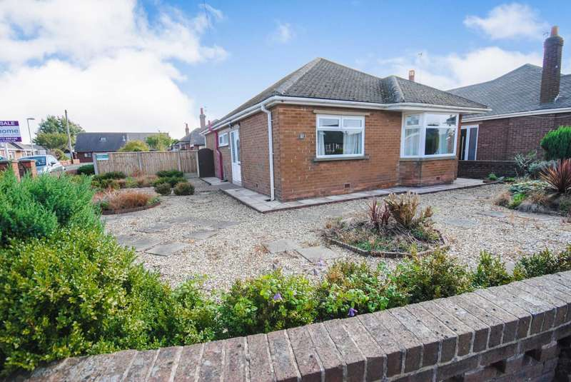 3 Bedrooms Detached Bungalow for sale in St Stephens Road, Kirkham