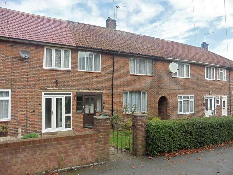 3 Bedrooms Terraced House for sale in Fairfield Avenue, South Oxhey