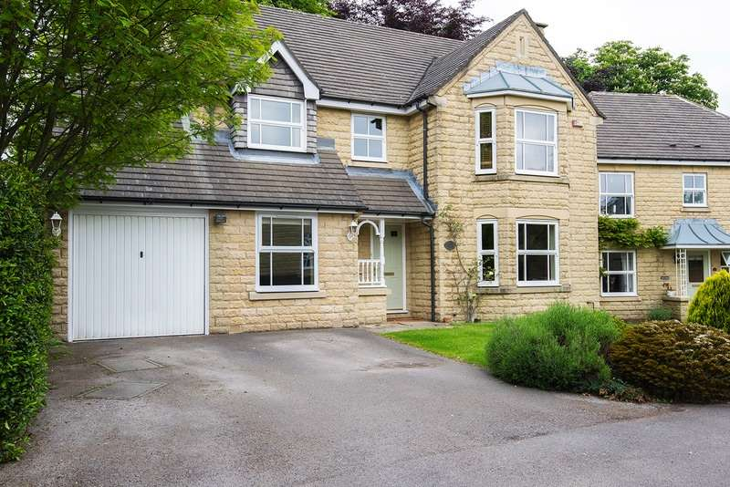4 Bedrooms Detached House for sale in Brodley Close, Hipperholme, West Yorkshire, HX3