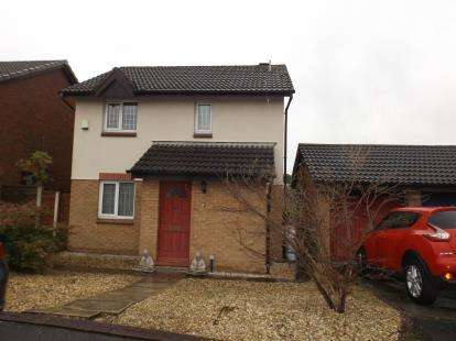 3 Bedrooms Detached House for sale in Windrush Drive, Westhoughton, Bolton, Greater Manchester, BL5
