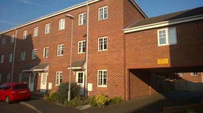 4 Bedrooms Town House for sale in Boatman Drive, Stoke-on-Trent, Staffordshire, Hanley