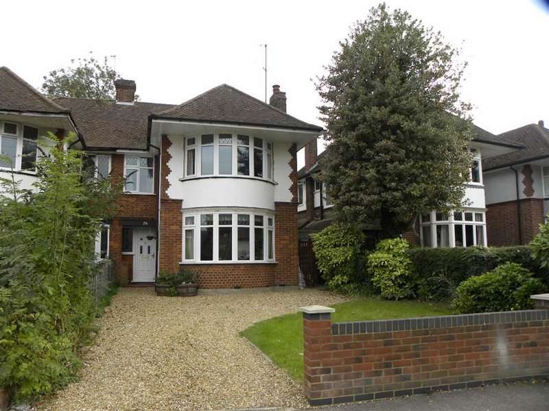 3 Bedrooms Property for sale in Kingsway, Dunstable, Bedfordshire, LU5