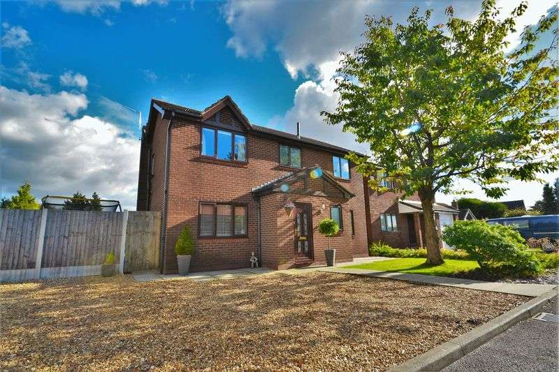 4 Bedrooms Detached House for sale in Grove Hill, Worsley