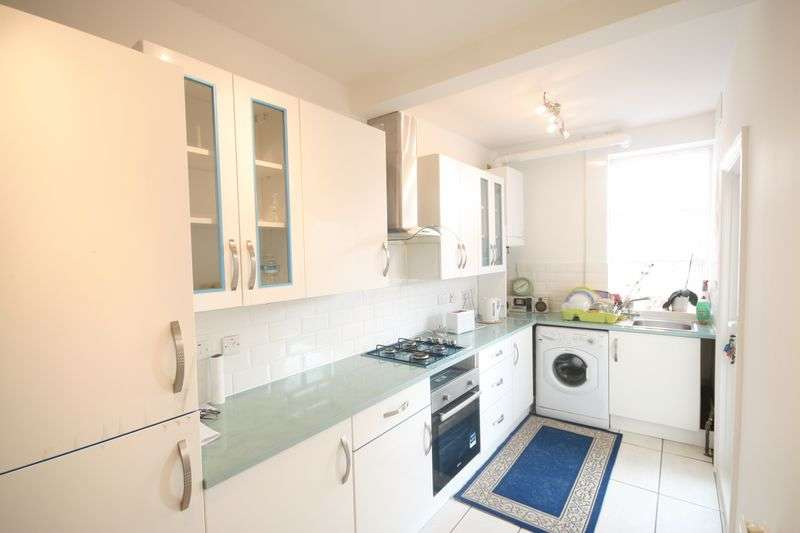 4 Bedrooms Terraced House for sale in Maybank Avenue, Wembley