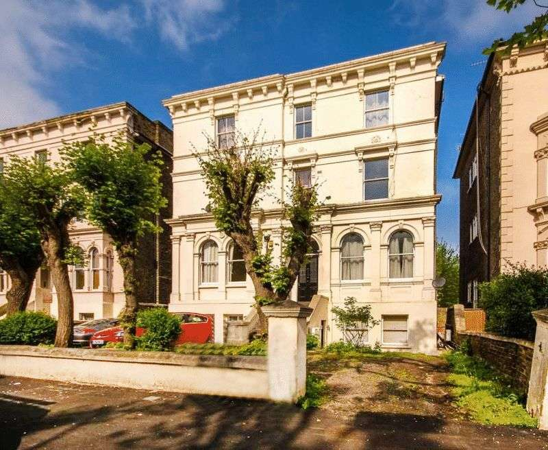 3 Bedrooms Flat for sale in Wickham Road, Brockley Conservation Area